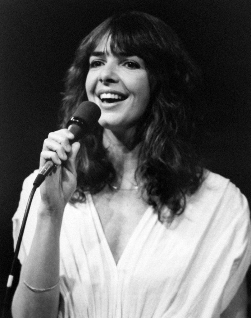 Ann Mortifee sings